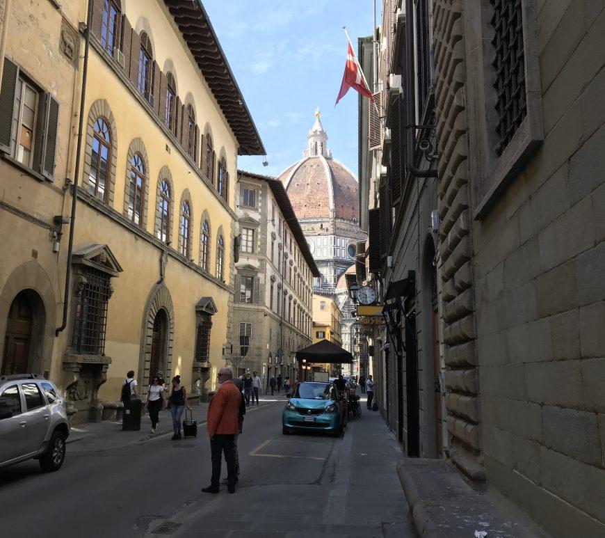フィレンツェ・花の大聖堂が見える
